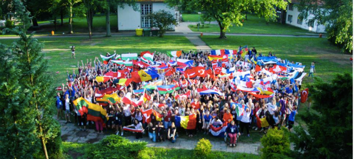 Young Europeans' Seminar (YES2016)